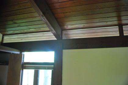 Transom windows line the entire 1st floor interior