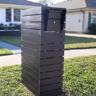 we2-ep5-customize-a-mailbox-paint